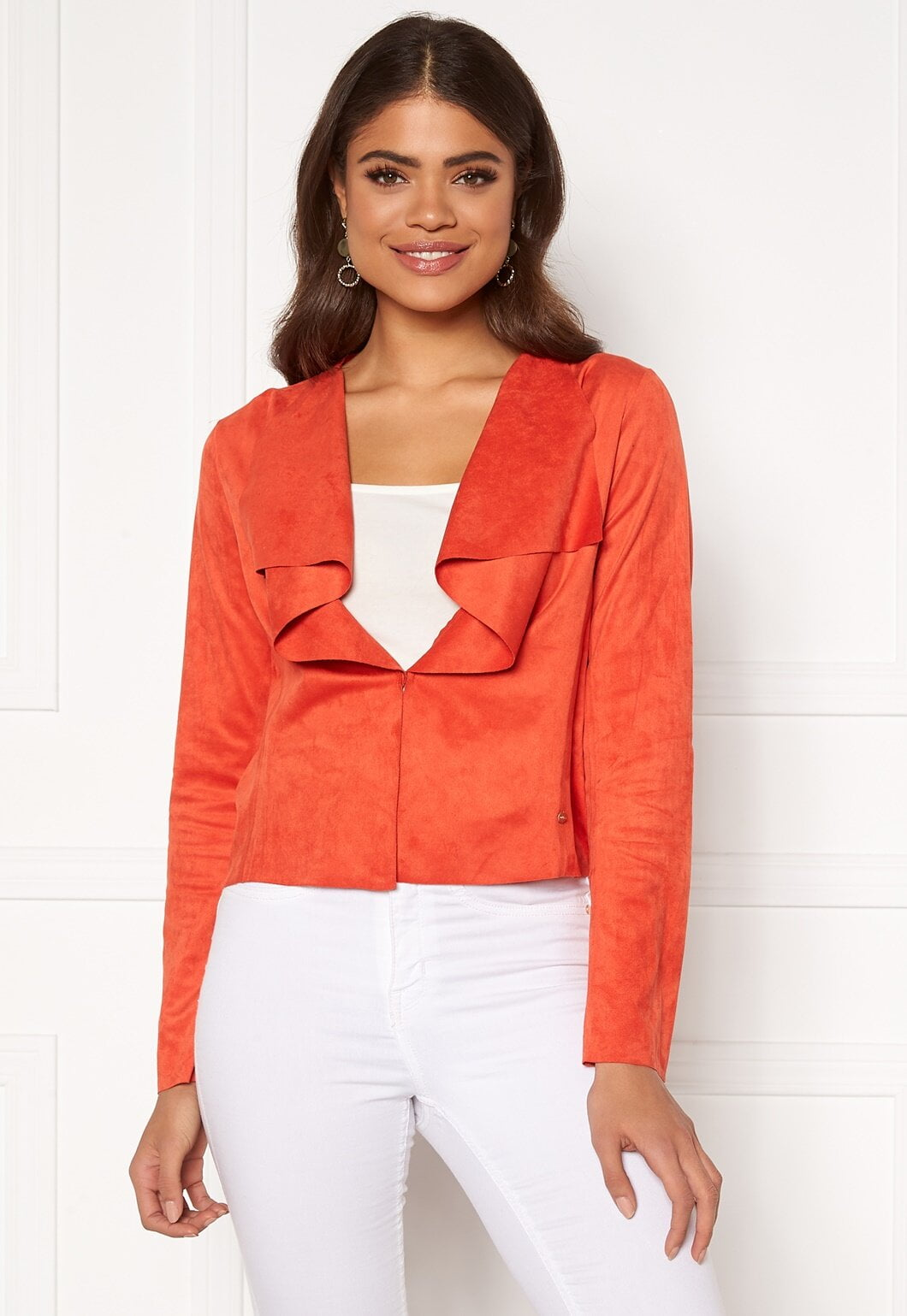 orange röd jacka