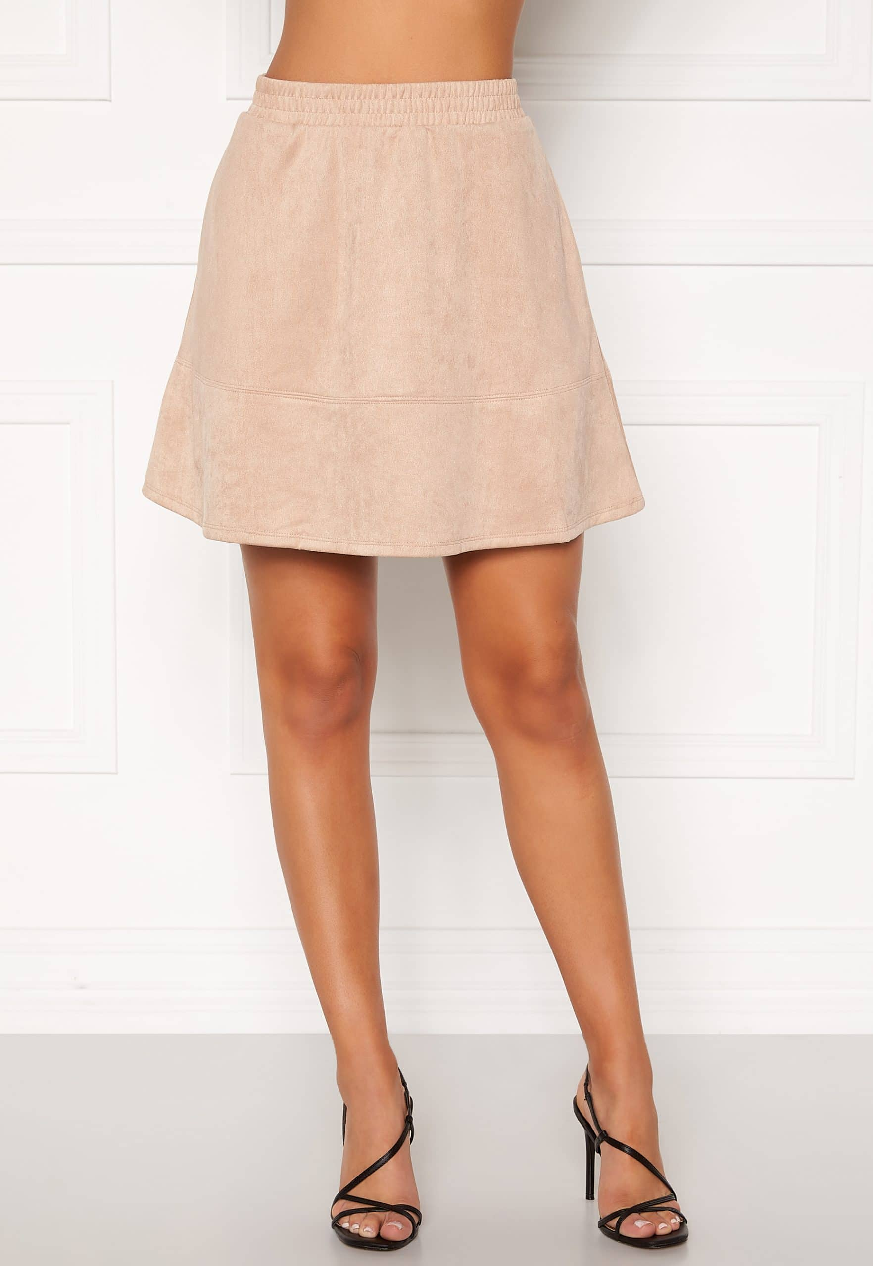 beige kjol bubbleroom